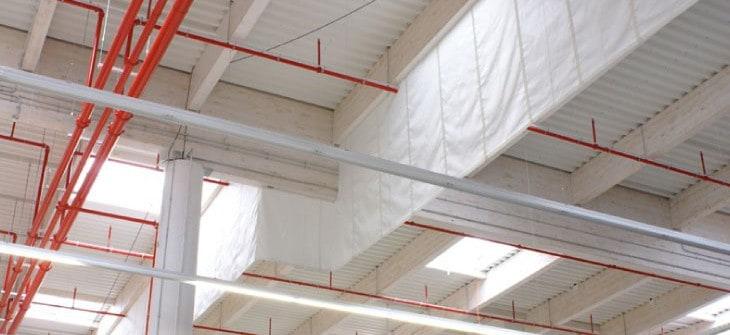 Sistema de accionamiento para barreras de aislamiento